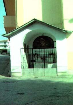 Altarino dedicato a S.Maria delle Grazie